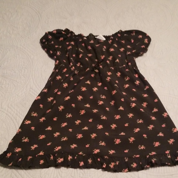 Old Navy Other - Girl's Old Navy dress
